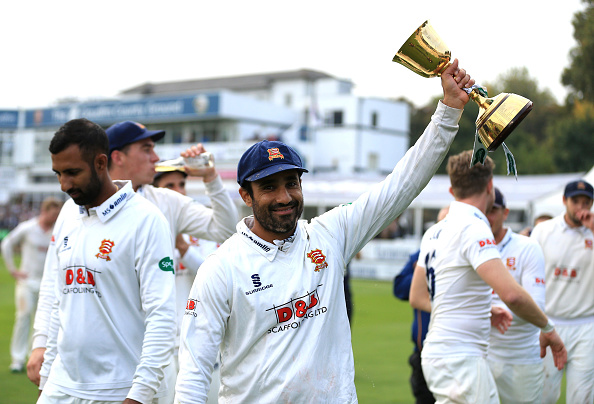 Bopara with Championship trophy